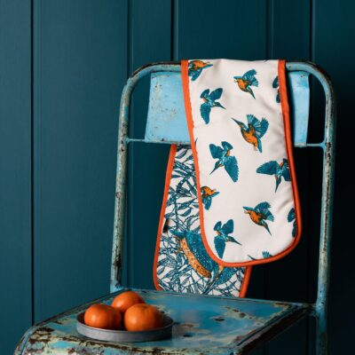 Kingfisher Oven Gloves by Cherith Harrison
